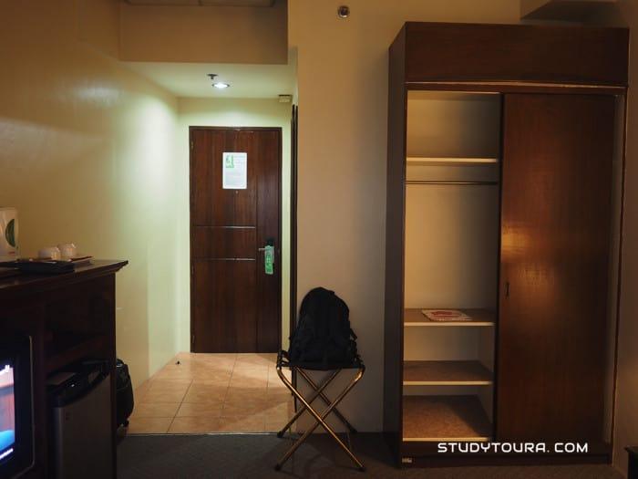 Sarrosa International Hotel